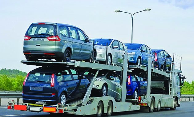 Zimbabwe govt bans imports of second hand private cars above 10 years old