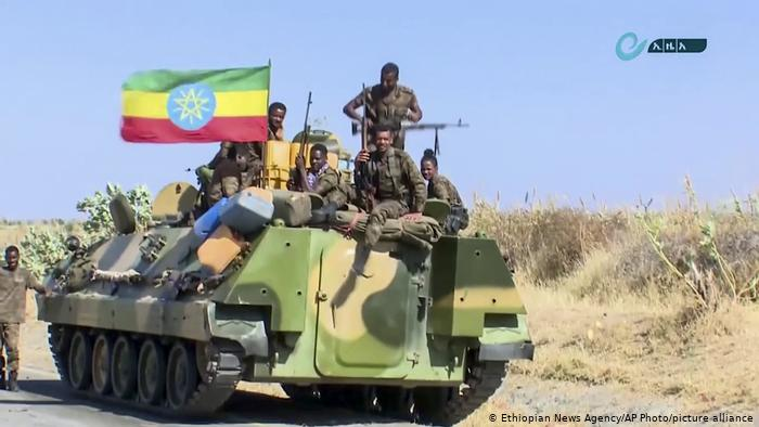 Ethiopian army marches on Tigray capital