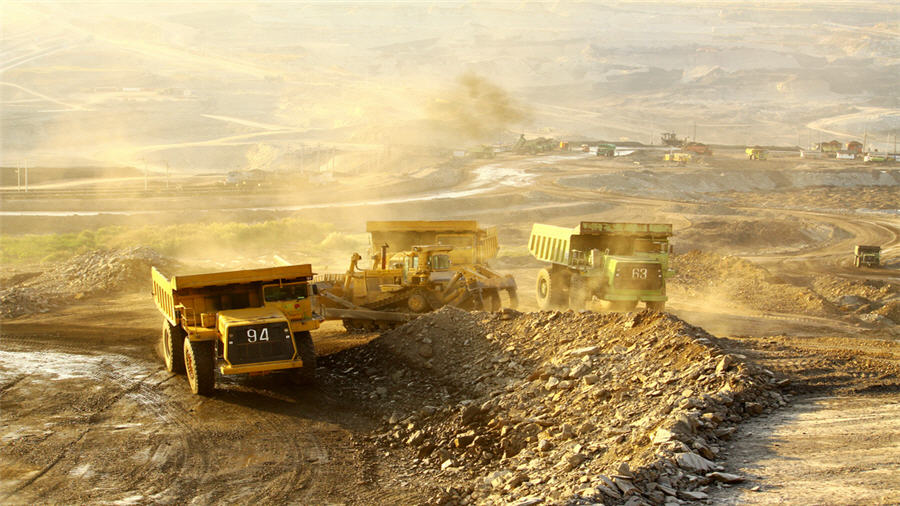 Gold mining has near-term risk opportunity through delivering decarbonisation objectives
