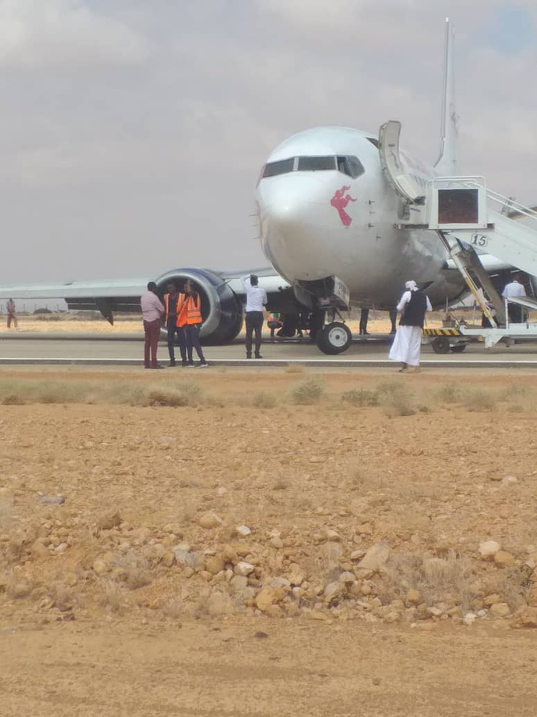 Air Djibouti Boeing 737 suffers landing gear collapse at Garowe Airport