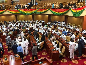 Ghana : Parliamentary Drama as opposition MPs takes over Majority seat